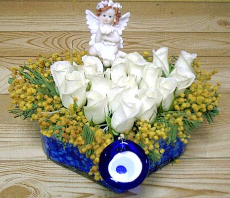 9 adet beyaz gül oyuncak  Van internetten çiçek siparişi