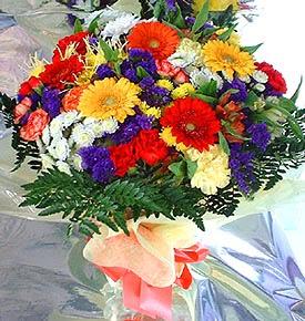 Van hediye çiçek yolla  karma büyük ve gösterisli mevsim demeti