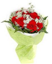 Van çiçek , çiçekçi , çiçekçilik  7 adet kirmizi gül buketi tanzimi
