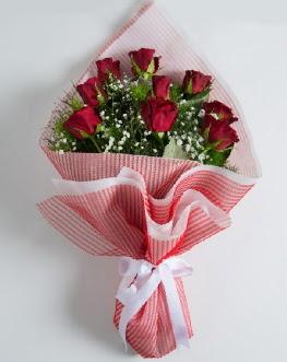 9 adet kırmızı gülden buket  Van çiçek satışı