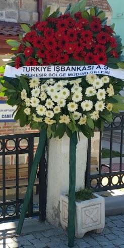 Cenaze çiçek modeli  Van hediye sevgilime hediye çiçek