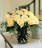Van çiçek siparişi sitesi  11 adet sari gül mika yada cam vazo tanzim
