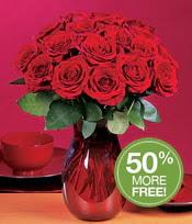Van çiçek gönderme sitemiz güvenlidir  10 adet Vazoda Gül çiçek ideal seçim