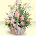 Van 14 şubat sevgililer günü çiçek  sepette pembe güller