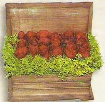 yapay güllerden sandik   Van cicek , cicekci