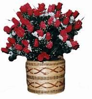 yapay kirmizi güller sepeti   Van kaliteli taze ve ucuz çiçekler