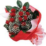 Van internetten çiçek satışı  KIRMIZI AMBALAJ BUKETINDE 12 ADET GÜL