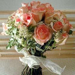 12 adet sonya gül buketi    Van çiçek gönderme