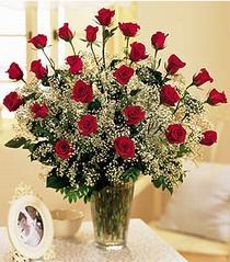 Van çiçek , çiçekçi , çiçekçilik  özel günler için 12 adet kirmizi gül