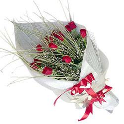 Van yurtiçi ve yurtdışı çiçek siparişi  11 adet kirmizi gül buket- Her gönderim için ideal