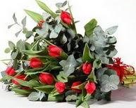 Van çiçek satışı  11 adet kirmizi gül buketi özel günler için