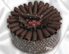 online pasta satisi 4 ile 6 kisilik çikolatali meyvali yaspasta  Van cicekciler , cicek siparisi