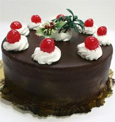 4 ile 6 kisilik yas pasta çikolatali taze pastaci  Van anneler günü çiçek yolla