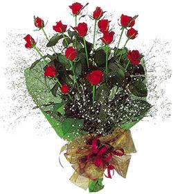 11 adet kirmizi gül buketi özel hediyelik  Van çiçekçi mağazası