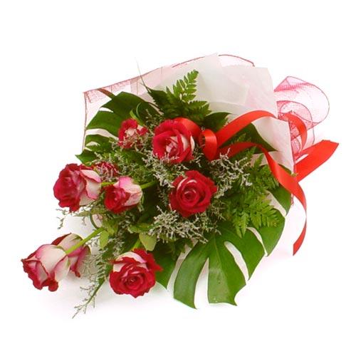 çiçek gönder 7 adet kirmizi gül buketi  Van kaliteli taze ve ucuz çiçekler
