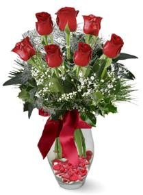 7 adet vazoda gül  Van internetten çiçek satışı  kirmizi gül