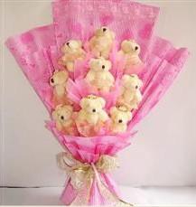 9 adet pelus ayicik buketi  Van anneler günü çiçek yolla
