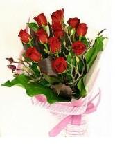 11 adet essiz kalitede kirmizi gül  Van anneler günü çiçek yolla