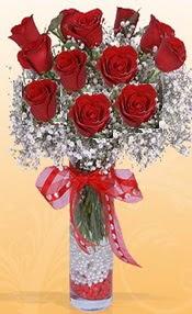 10 adet kirmizi gülden vazo tanzimi  Van çiçek siparişi sitesi