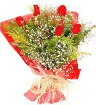 Van anneler günü çiçek yolla  5 adet kirmizi gül buketi demeti