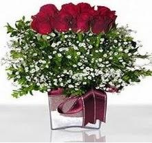 Van internetten çiçek satışı  mika yada cam vazo içerisinde 7 adet gül