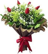 Van online çiçek gönderme sipariş  5 adet kirmizi gül buketi demeti