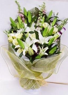 Van çiçek servisi , çiçekçi adresleri  3 adet kazablankalardan görsel buket çiçeği