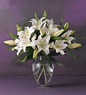 Van İnternetten çiçek siparişi  4 dal cazablanca vazo çiçeği