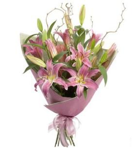 Van İnternetten çiçek siparişi  3 dal cazablanca buket çiçeği