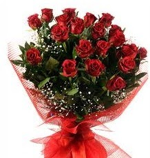İlginç Hediye 21 Adet kırmızı gül  Van internetten çiçek siparişi