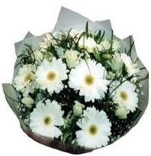 Eşime sevgilime en güzel hediye  Van hediye sevgilime hediye çiçek