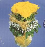 Van anneler günü çiçek yolla  Cam vazoda 9 Sari gül