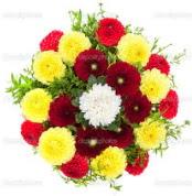 Van çiçekçi mağazası  13 adet mevsim çiçeğinden görsel buket