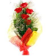 5 li kırmızı gül buketi  Van internetten çiçek satışı