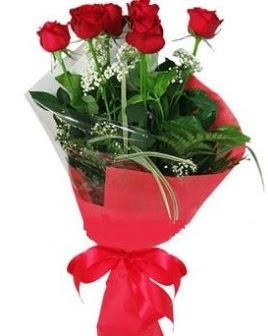 5 adet kırmızı gülden buket  Van kaliteli taze ve ucuz çiçekler