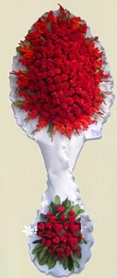 Çift katlı kıpkırmızı düğün açılış çiçeği  Van anneler günü çiçek yolla