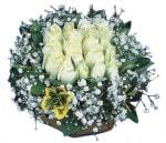 Van çiçekçiler  Beyaz harika bir gül sepeti