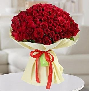 101 adet kırmızı gül buketi koca demet  Van internetten çiçek siparişi
