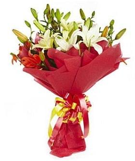 5 dal kazanlanka lilyum buketi  Van çiçek gönderme sitemiz güvenlidir