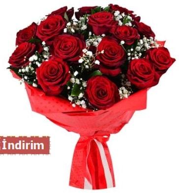 12 Adet kırmızı aşk gülleri  Van çiçek satışı